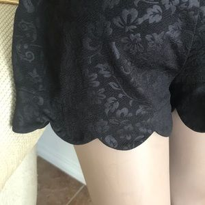 Black scalloped edged shorts XS